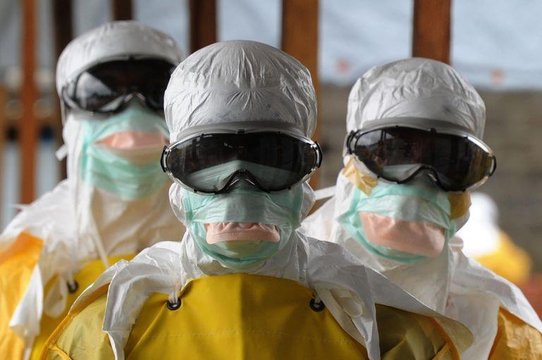 medecin ebola africa top radio
